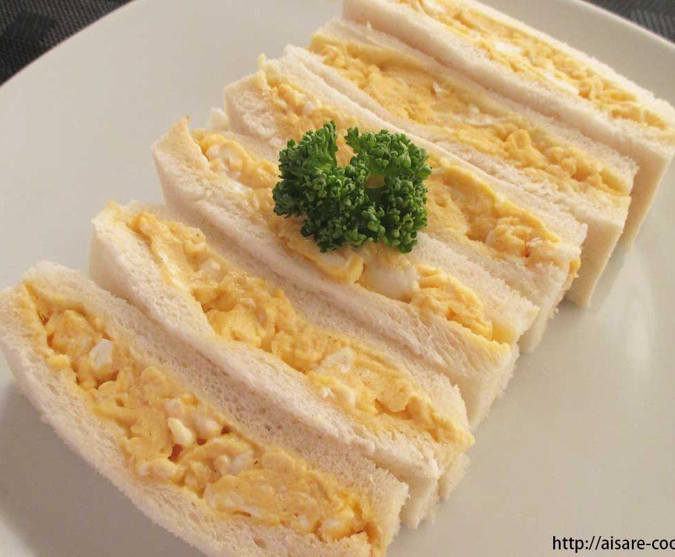 スクランブルエッグサンドイッチ