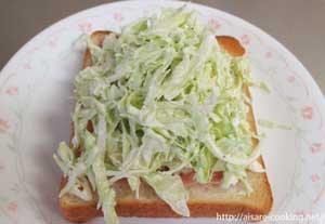 サンドイッチとキャベツ